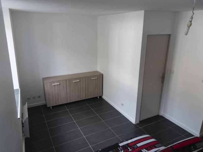 Location appartement Nantua 273€ CC - Photo 3