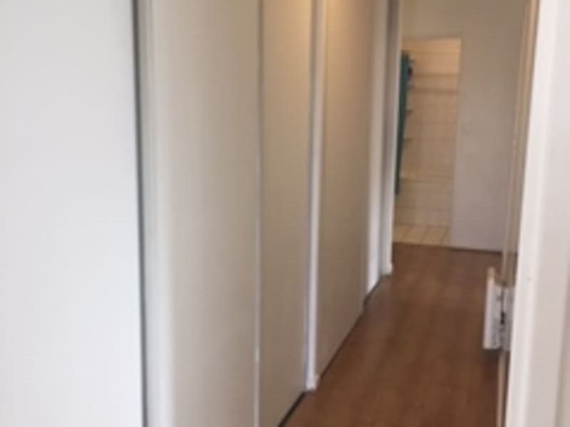 Location appartement Rosny sous bois 1 020€ CC - Photo 4