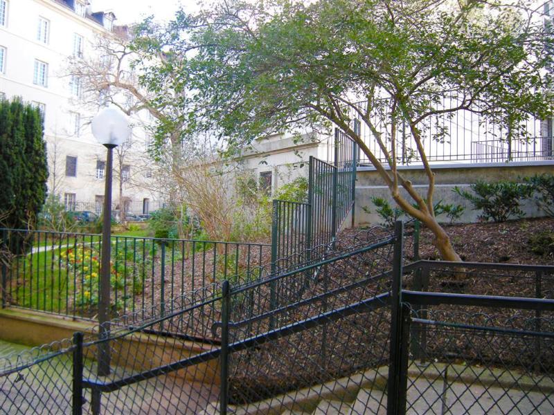 Location appartement Paris 5ème 870€ CC - Photo 4