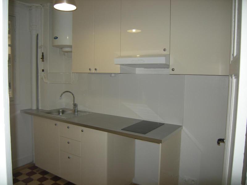 Location appartement Paris 11ème 930€ CC - Photo 7