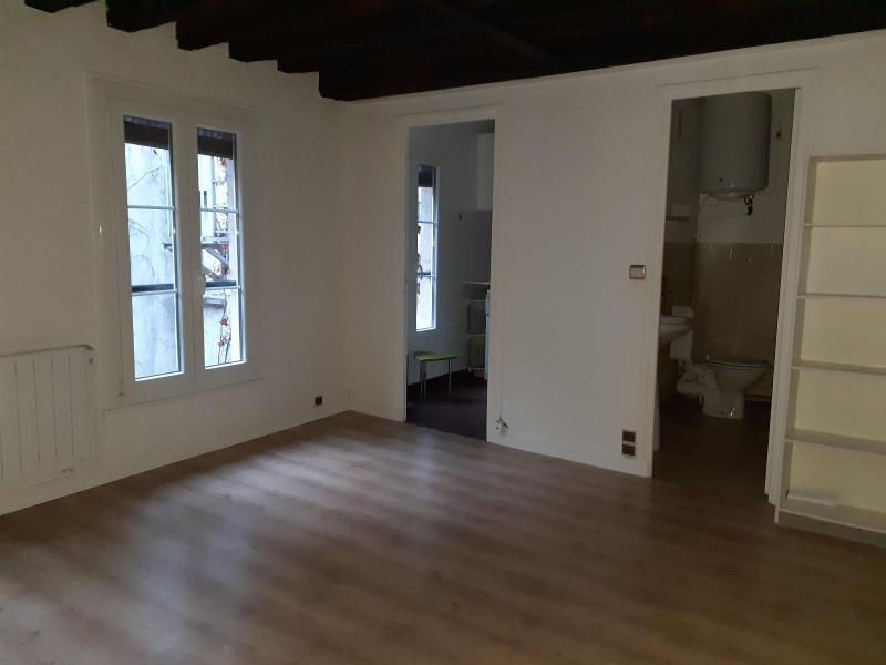 Location appartement Paris 5ème 786€ CC - Photo 3