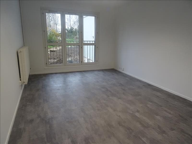Rental apartment Antony 1 030€ CC - Picture 1