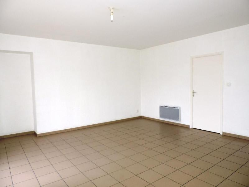 Location appartement Amplepuis 425€ CC - Photo 4