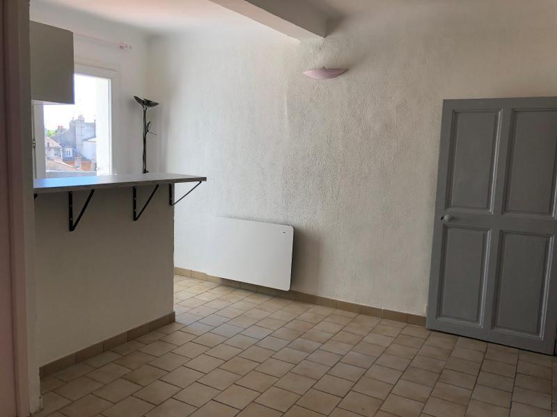 Location appartement Aix en provence 601€ CC - Photo 2
