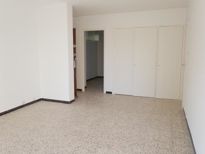 Location appartement Aix en provence 847€ CC - Photo 3