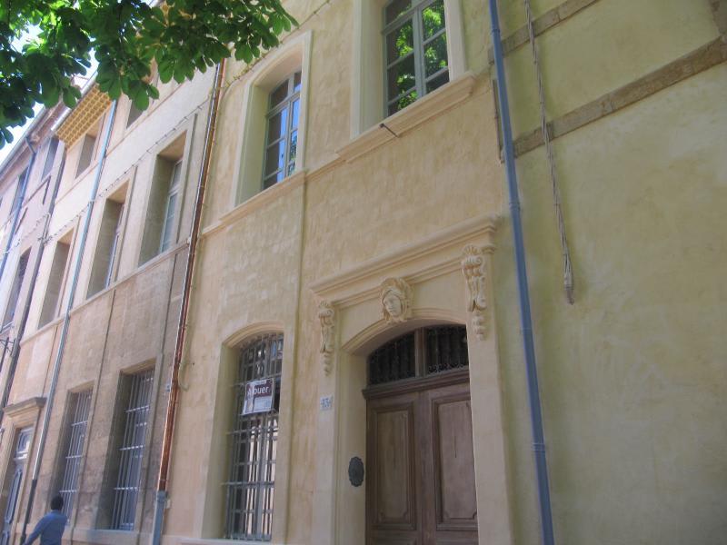 Location appartement Aix en provence 1138€ CC - Photo 2
