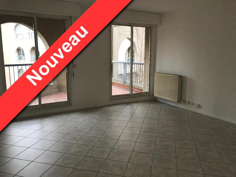 Location appartement Aix en provence 1 120€ CC - Photo 1