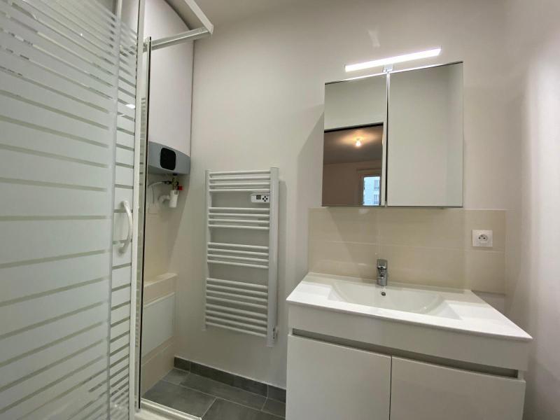 Location appartement Paris 19ème 1145€ CC - Photo 9