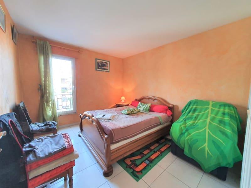 Vendita appartamento Hyeres 302100€ - Fotografia 6