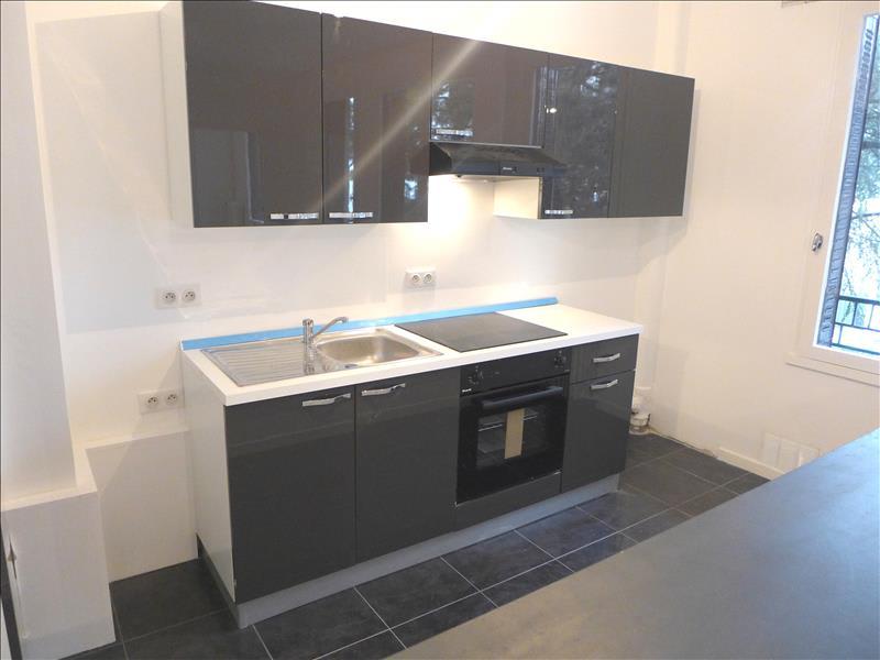 Rental apartment Garches 1017€ CC - Picture 2