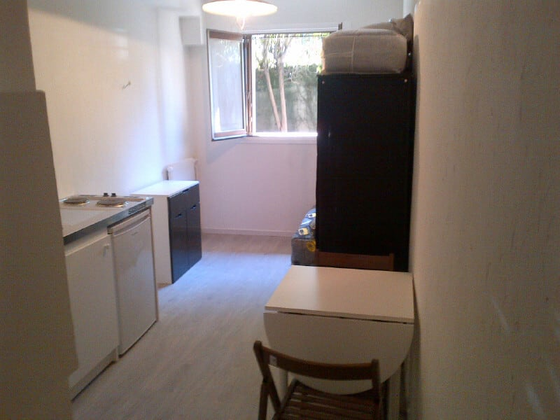 Rental apartment Cannes 382€ CC - Picture 1