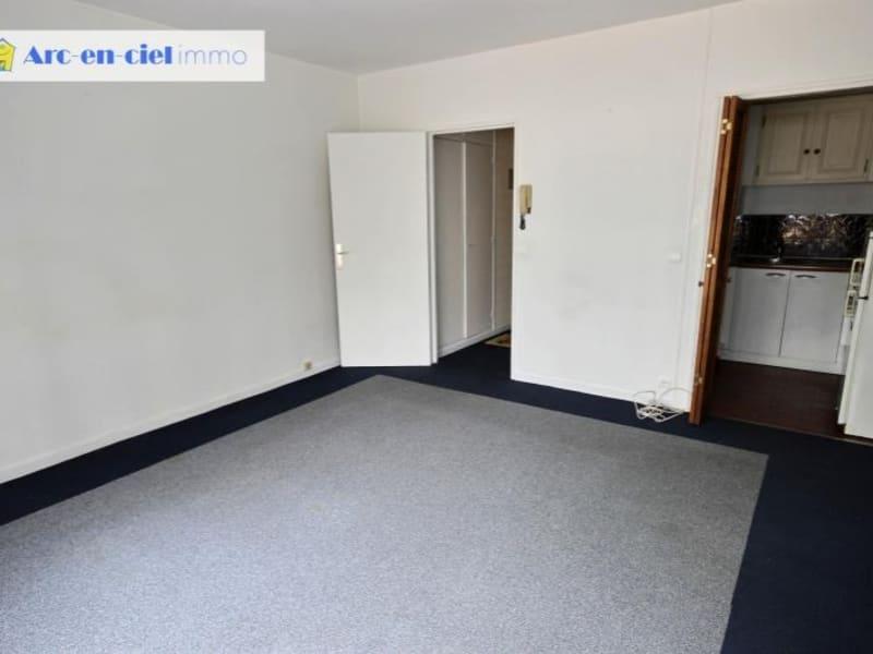 Rental apartment Paris 15ème 990€ CC - Picture 3