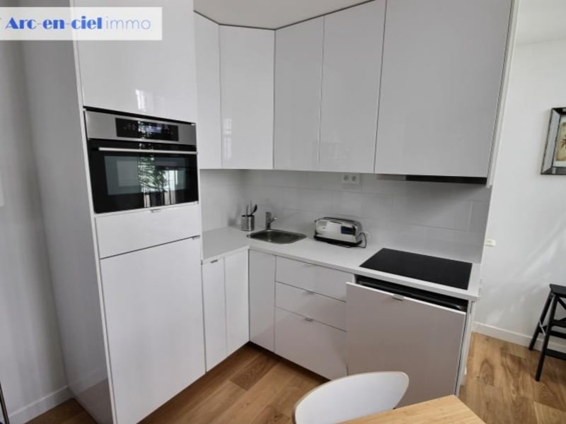Rental apartment Paris 17ème 2 095€ CC - Picture 6