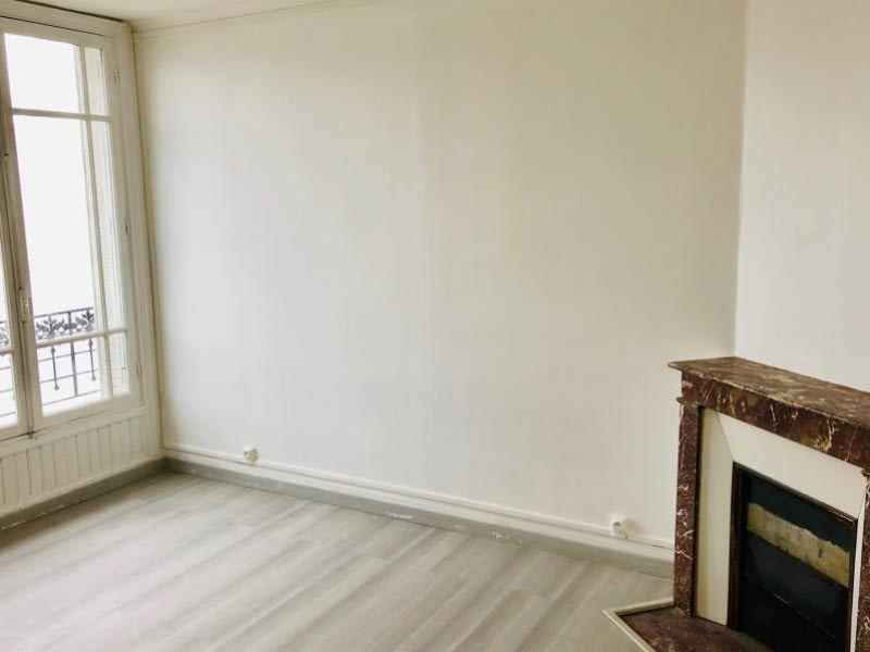 Rental apartment Courbevoie 790€ CC - Picture 3