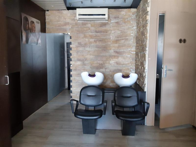 Location local commercial Grenoble 627€ HC - Photo 5