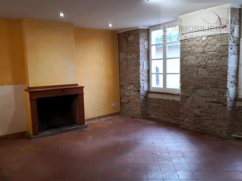 Sale house / villa L isle jourdain 179900€ - Picture 2