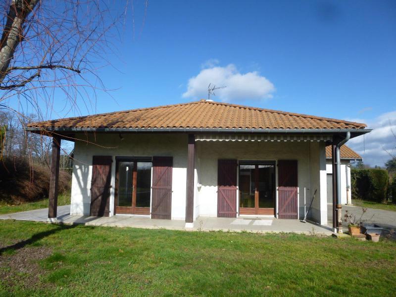 Location maison / villa La tour de salvagny 1500€ CC - Photo 1