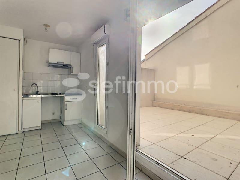 Rental apartment Marseille 5ème 507€ CC - Picture 1