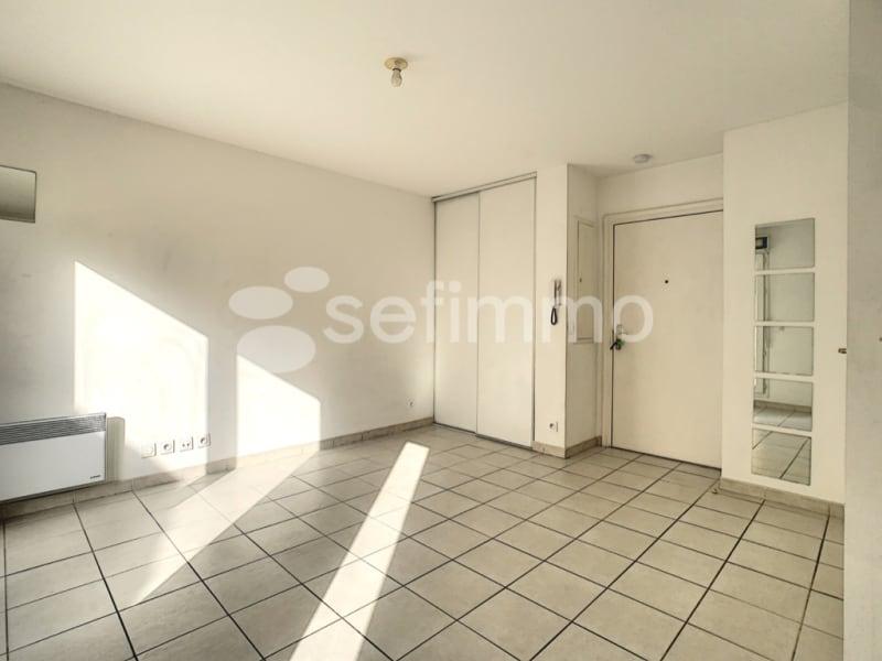 Rental apartment Marseille 5ème 507€ CC - Picture 2