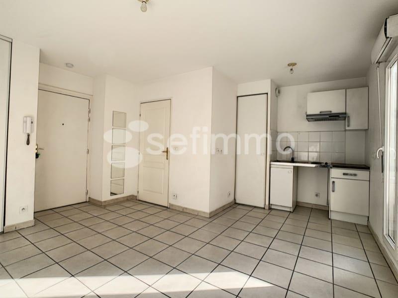 Rental apartment Marseille 5ème 507€ CC - Picture 3