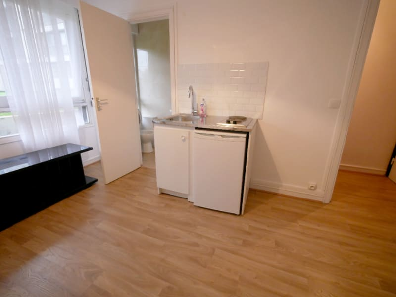Rental apartment Garches 591€ CC - Picture 1