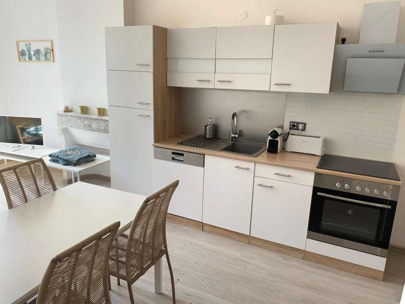 Rental apartment Aix en provence 1160€ CC - Picture 2
