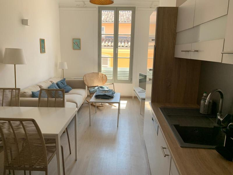 Rental apartment Aix en provence 1160€ CC - Picture 3