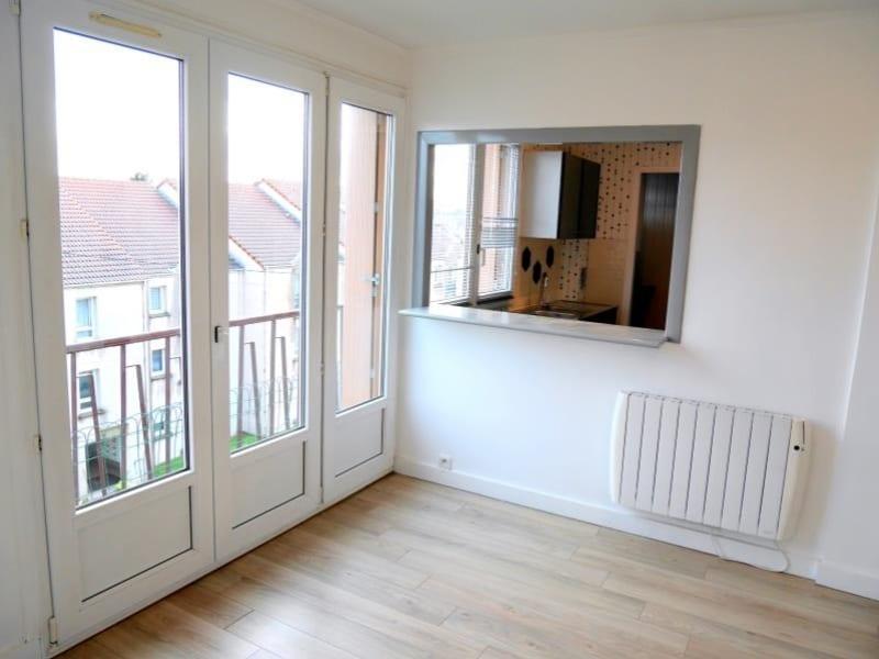 Rental apartment Le raincy 903€ CC - Picture 2