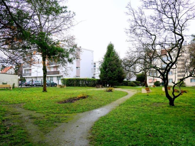 Rental apartment Le raincy 903€ CC - Picture 7