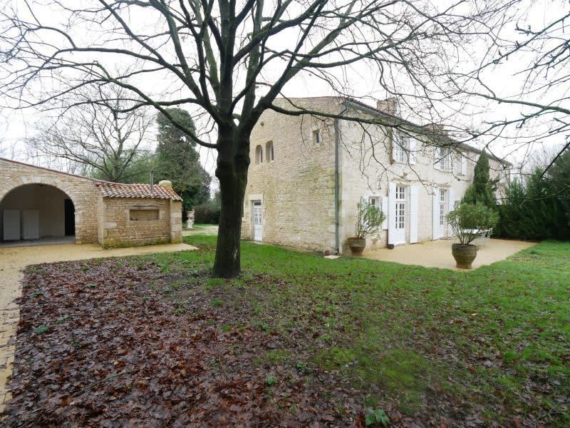 Sale house / villa Montroy 645000€ - Picture 1