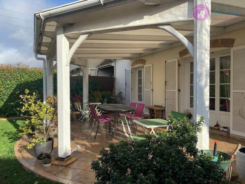Sale house / villa Lesigny 435000€ - Picture 2