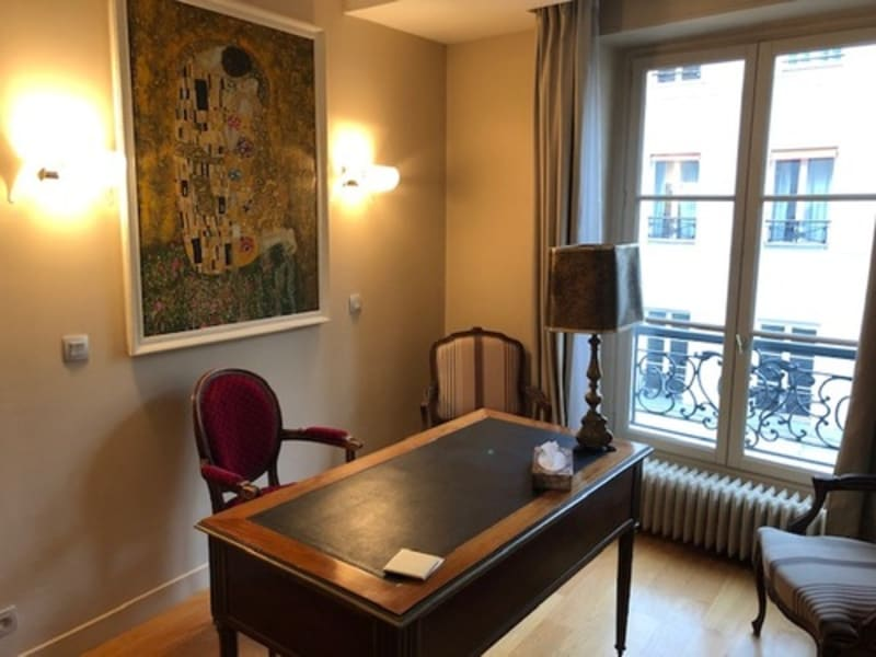 Location appartement Paris 6ème 3 070€ CC - Photo 4