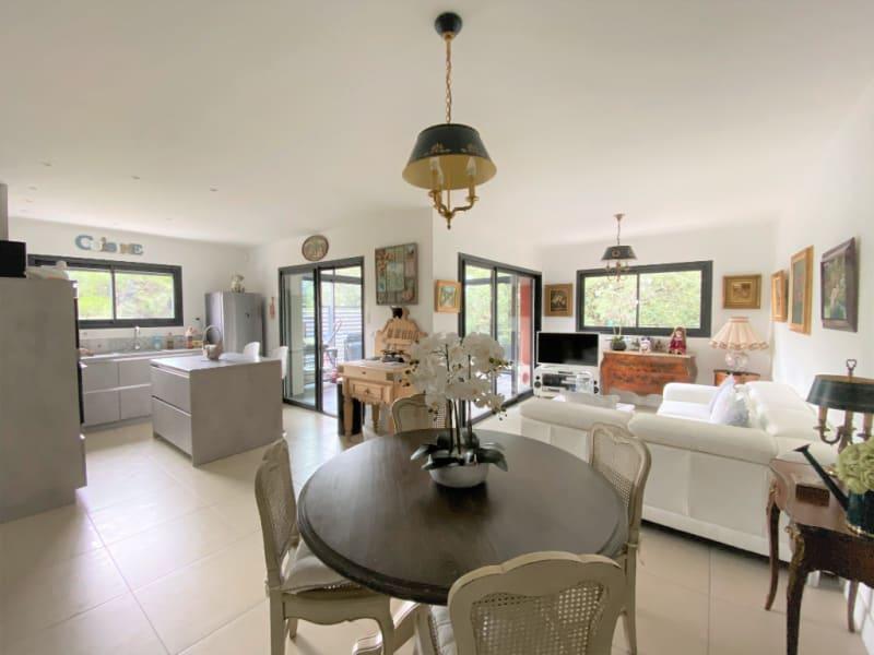Sale apartment Villeneuve les avignon 399000€ - Picture 2