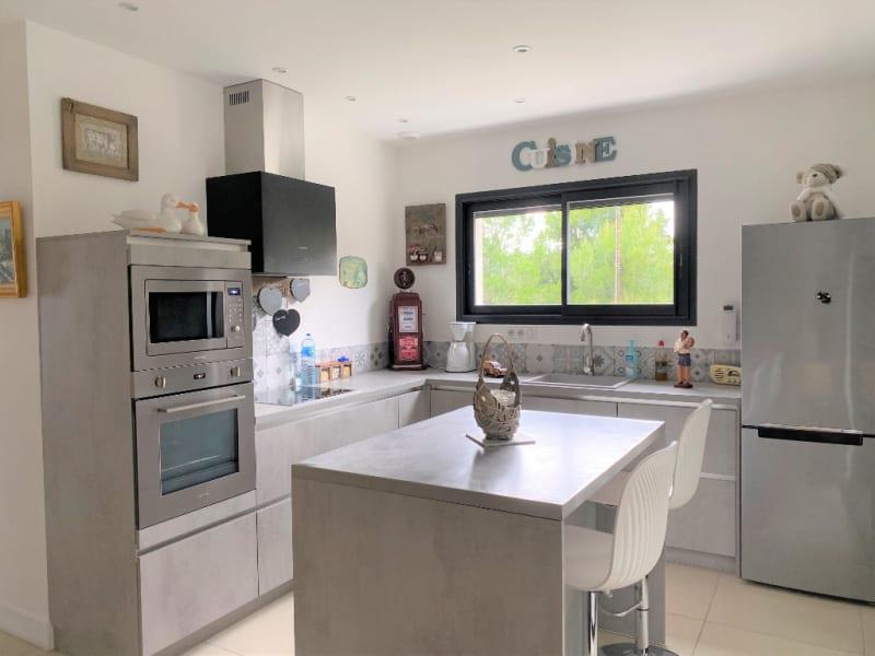 Sale apartment Villeneuve les avignon 399000€ - Picture 3