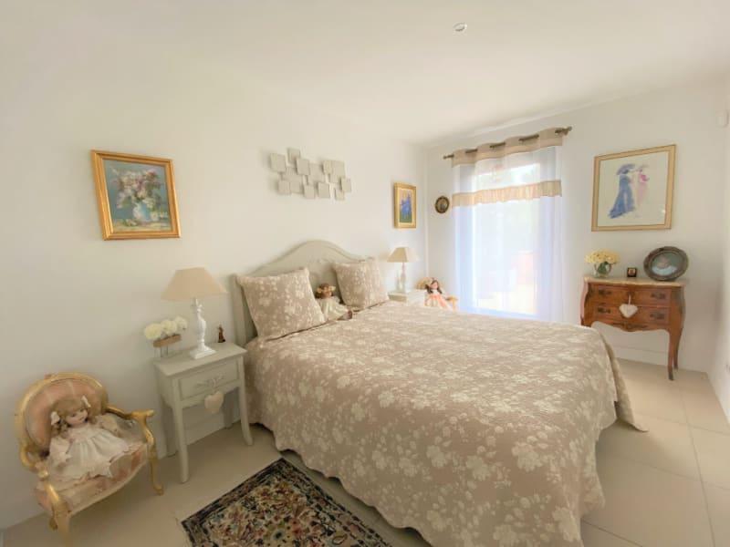 Sale apartment Villeneuve les avignon 399000€ - Picture 6
