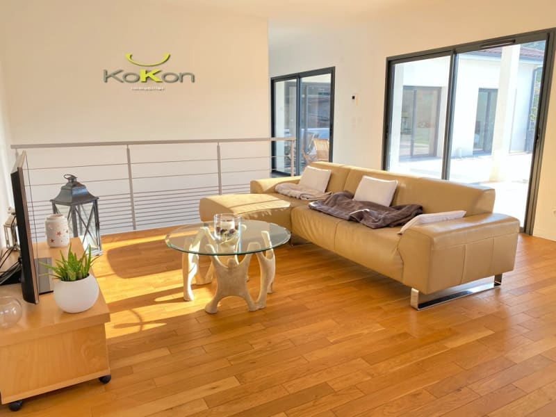 Sale house / villa Vourles 950000€ - Picture 12