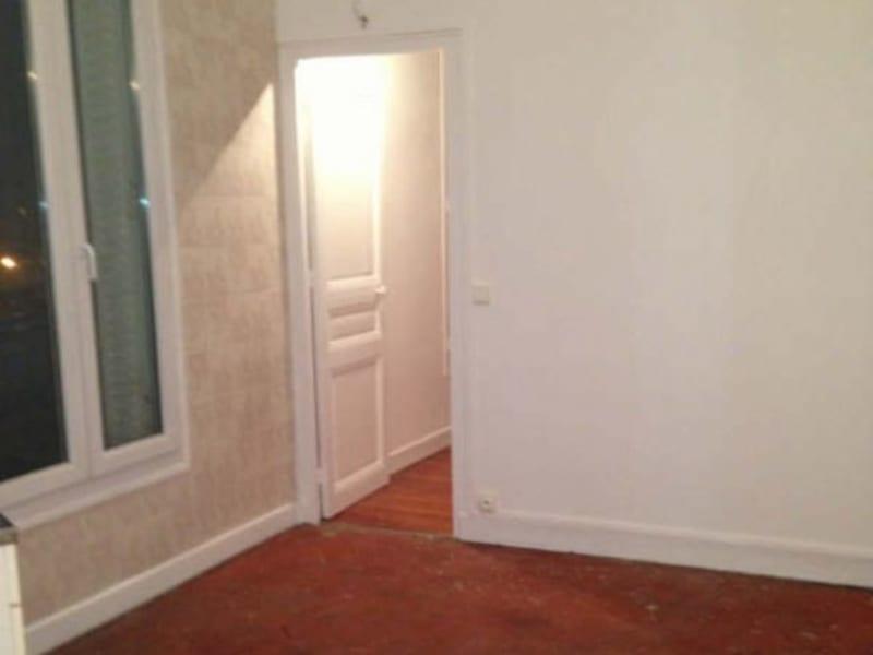 Rental apartment Asnieres sur seine 736€ CC - Picture 2