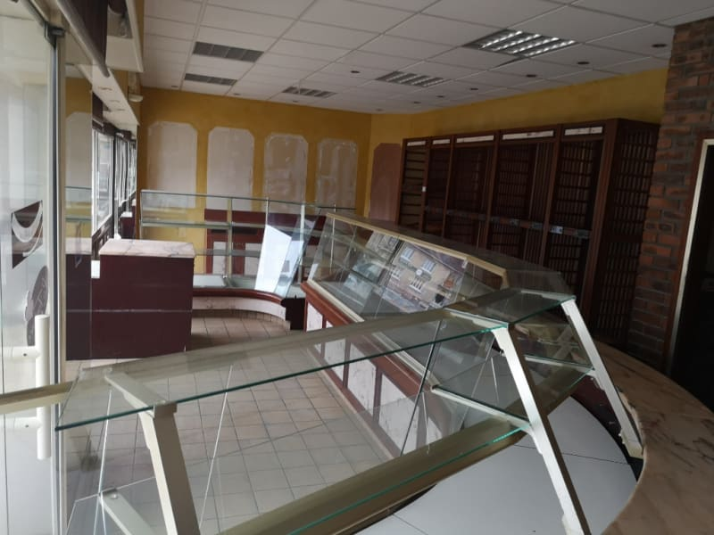 Location local commercial Falaise 1700€ HC - Photo 4