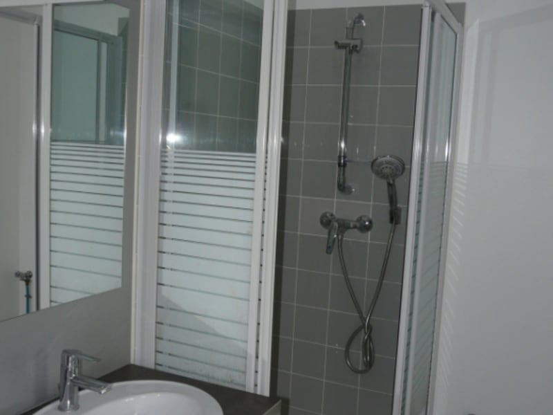 Rental apartment La rochelle 452€ CC - Picture 2