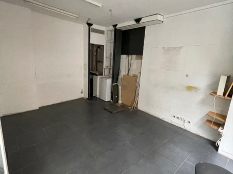 Location local commercial Paris 15ème 964€ HC - Photo 3
