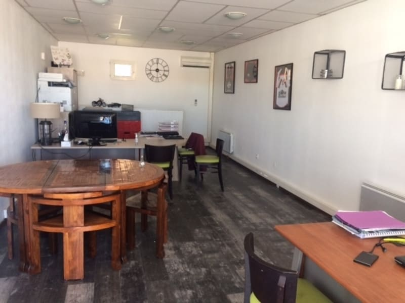 Location local commercial Saint alban 1 200€ HC - Photo 3
