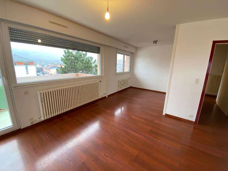 Rental apartment La roche sur foron 760€ CC - Picture 2