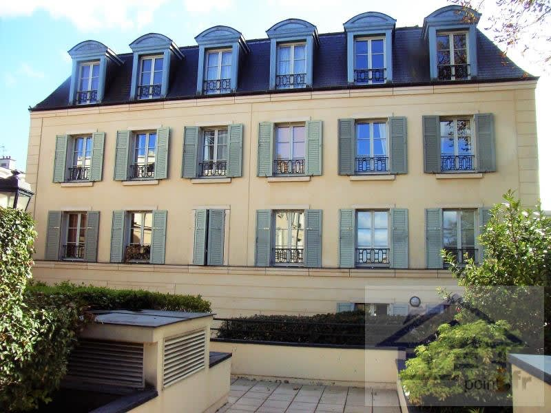 Rental apartment St germain en laye 2951€ CC - Picture 1