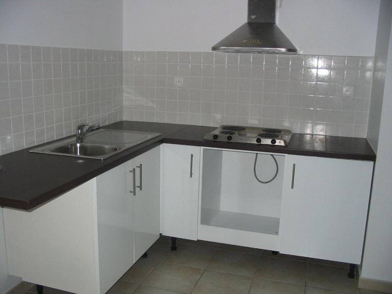 Sale apartment St pierre 120000€ - Picture 3