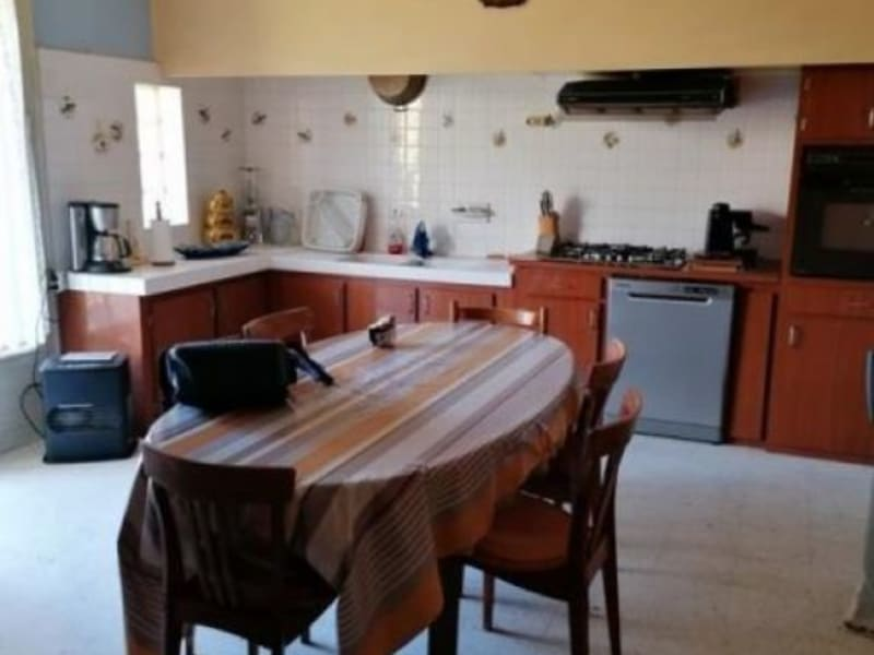 Sale house / villa L isle jourdain 278000€ - Picture 4