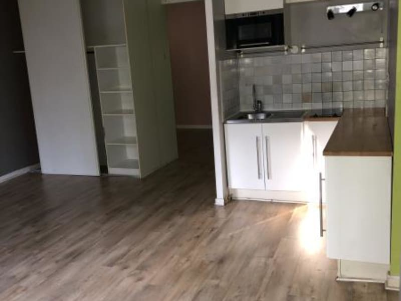 Rental apartment Le port marly 730€ CC - Picture 1