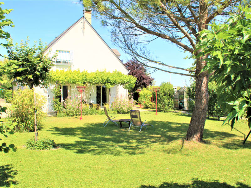 Sale house / villa Beaugency 341 250€ - Picture 2