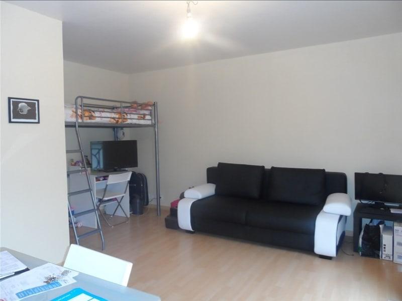 Rental apartment Verrieres le buisson 620€ CC - Picture 3