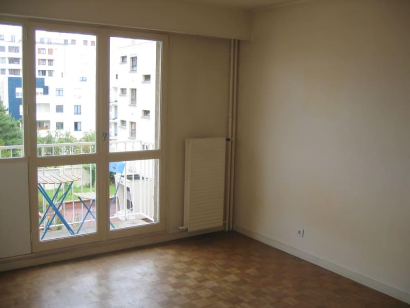 Rental apartment Le kremlin bicetre 826€ CC - Picture 3