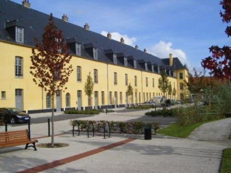 Location appartement Aire sur la lys 609,54€ CC - Photo 9